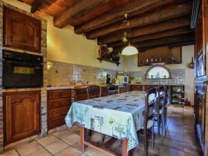 Maison De Vacances - Loubejac 12, Ferienhäuser  Saint-Cernin-de-l'Herm - big - 30