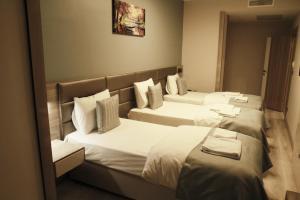 MyHouse N5 Suites, Апартаменты  Эсеньюрт - big - 56