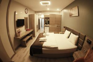 MyHouse N5 Suites, Апартаменты  Эсеньюрт - big - 25