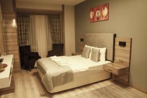 MyHouse N5 Suites, Апартаменты  Эсеньюрт - big - 47