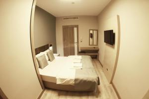 MyHouse N5 Suites, Апартаменты  Эсеньюрт - big - 6
