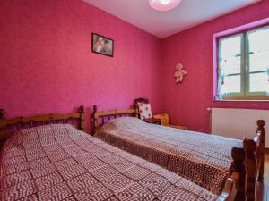 Cosy Holiday Home in Thedirac with Swimming Pool