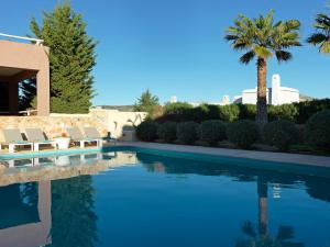 3 Bedroom Villa Sea View and Shared Pool