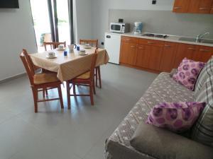 Apartments Cintya, Apartmány  Poreč - big - 8