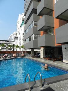 Отель Nanatai Suites, Бангкок