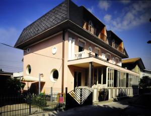 Hotel Cesari - AbcAlberghi.com