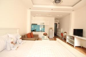 Smiley Apartment 3