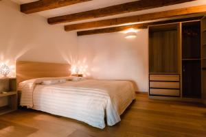 Historical and Luxury Apartment - AbcAlberghi.com