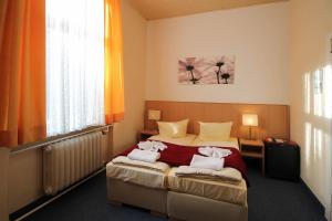 Hotelpension Margrit, Guest houses  Berlin - big - 42