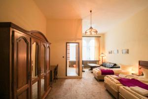 Hotelpension Margrit, Guest houses  Berlin - big - 36