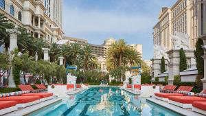Caesars Palace Las Vegas Hotel and Casino (9 of 109)