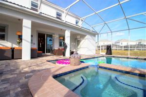 Champions Gate Six Bedrooms with Pool and Game Room (1765) - Davenport