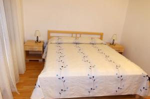 Apartments Medena, Ferienwohnungen  Trogir - big - 2