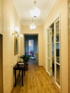 Charming Apartment in Old Town, Apartmány  Tbilisi - big - 25
