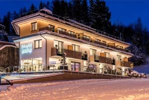 Mountain Resort M&M - Hotel - Finkenberg