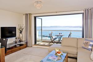 obrázek - Harbour View - A6 Masts