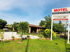 Orange Motor Lodge