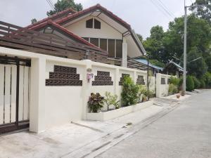 Na's Place Villa - Bang Sare