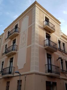 Apartamentos Nouvilas - Apartment - Portbou