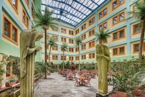 Wellness Hotel Babylon, Szállodák  Liberec - big - 58