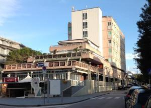 Pineta Central Apartment - AbcAlberghi.com
