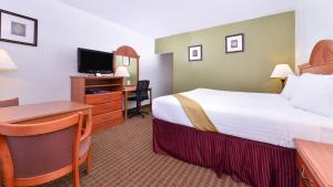 Magnuson Hotel and Suites Alamogordo, Hotels  Alamogordo - big - 46
