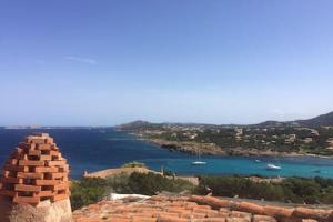casa vacanza a cala corallina - AbcAlberghi.com