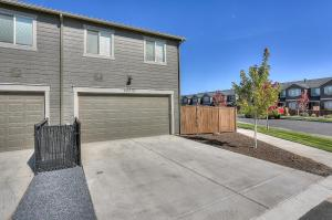 McCall Landing-NEW-3BR/2.5BA, Holiday homes  Bend - big - 3