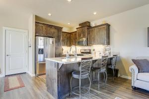 McCall Landing-NEW-3BR/2.5BA, Holiday homes  Bend - big - 6