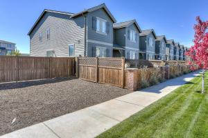 McCall Landing-NEW-3BR/2.5BA, Holiday homes  Bend - big - 8