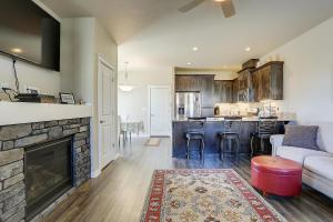McCall Landing-NEW-3BR/2.5BA, Holiday homes  Bend - big - 9