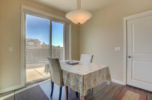McCall Landing-NEW-3BR/2.5BA, Holiday homes  Bend - big - 16
