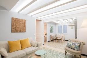 Charming Apartment in Sagrada Familia