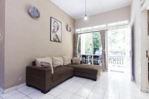 Pele Guesthouse, Penzióny  Bandung - big - 43