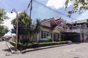 Pele Guesthouse, Penzióny  Bandung - big - 46