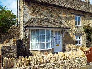 Meadow Cottage, Cirencester, Дома для отпуска  Сайренстер - big - 3