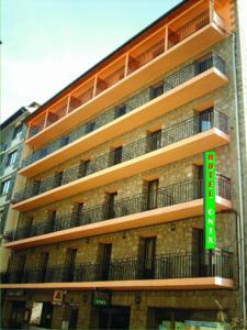 Hotel Alfa, Отели  Енкамп - big - 1