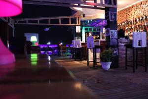 Bravia Hotel Lome, Szállodák  Lomé - big - 51