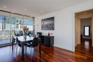 Unique RentalsSeafront Luxe Suites