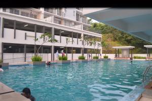 Apartment Hijauan Height