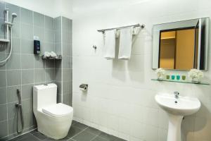 Alia Residence Business Resort, Resorts  Pantai Cenang - big - 48
