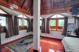 Pele Guesthouse, Penzióny  Bandung - big - 1