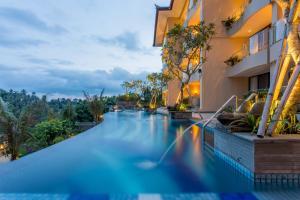 SereS Springs Resort