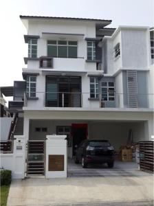 Garage luxury Semi D - Ulu Choh Village