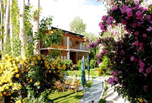 Hotel Ladakh Greens