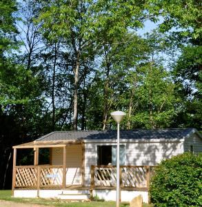 Camping Naturiste Terme d'Astor, Campeggi  Saint-Avit-Rivière - big - 3