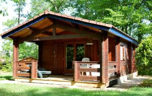 Camping Naturiste Terme d'Astor, Campeggi  Saint-Avit-Rivière - big - 7