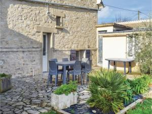 Holiday Home in Saint Cast le Guildo, Case vacanze  Saint-Cast-le-Guildo - big - 32