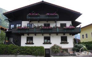 Ferienwohnung Brandmaier - Apartment - Unken