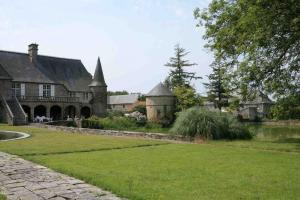 Gite Le Saint Anne, Holiday homes  Équilly - big - 2